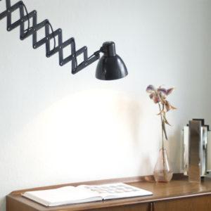 lampe-026-scherenlampe-schwarz-schirm-bakelit_016_dev