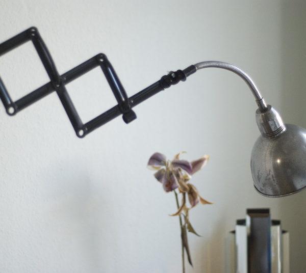 lampe-030-scherenlampe-mit-schwanenhals_036_dev