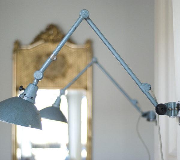 lampen-029-paar-gelenklampe-midgard-hammerschlag-blau_003_dev