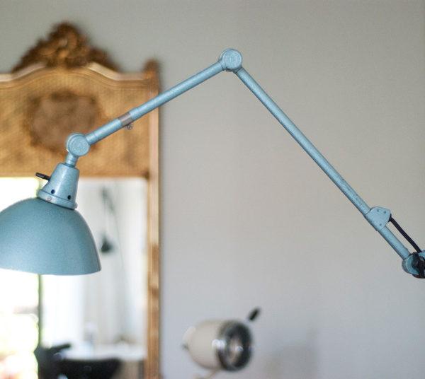 lampen-038-gelenklampe-midgard-hammerschlag-blau-nr4_007_dev