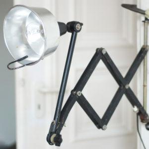 lampen-101-schwarze-scherenlampe-kahla-midgard-kv-012_dev