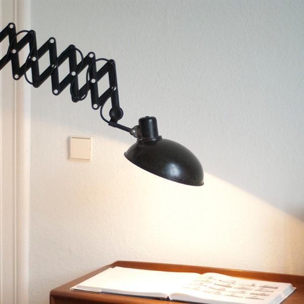 lampen-105-helion-scherenlampe-mit-grossem-schirm-030_dev