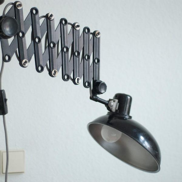 lampen-110-scherenlampe-helion-mit-grossem-schirm-und-grauem-stoffkabel-006_dev