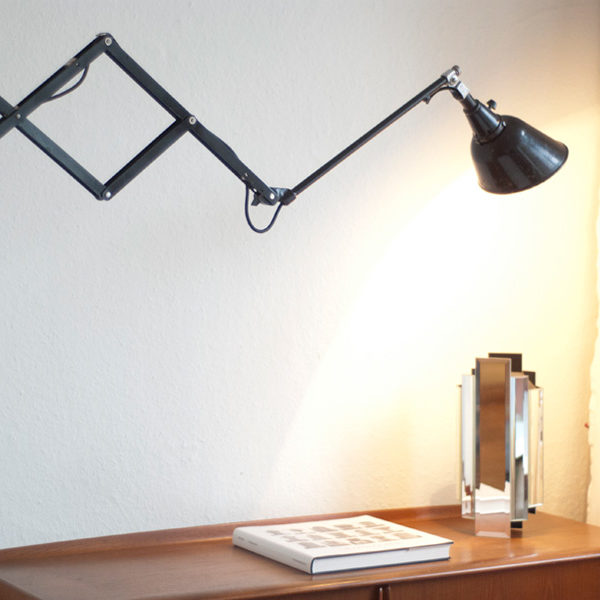 lampen-123-grosse-schwarze-scherenlampe-midgard-drgm-010_dev