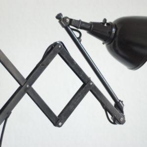 lampen-125-alte-scherenlampe-midgard-drgm-drp-mit-aluschirm-001_dev