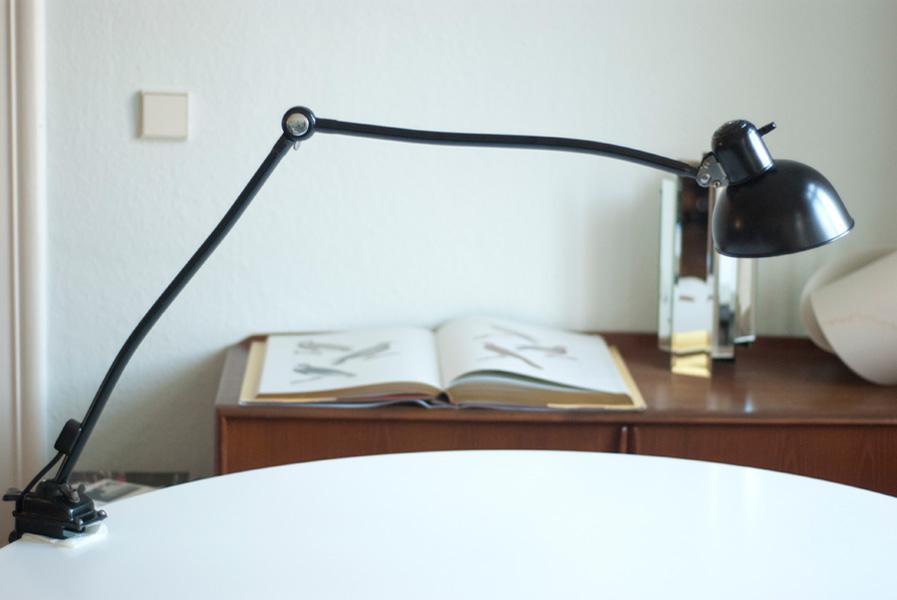 lampen 137 seltene gelenklampe kaiser idell 6726 mit schraubfuss 026 dev fiat lux. Black Bedroom Furniture Sets. Home Design Ideas