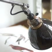 lampen-138-einzigartige-scherenlampe-midgard-drgm-stahl-gold_043_dev
