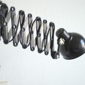 lampen-142-scherenleuchte-helion-schirm-aus-bakelit_001_dev