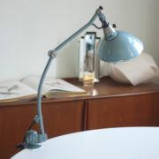 lampen-162-seltene-tischleuchte-midgard-hammerschlag-blau-001_dev