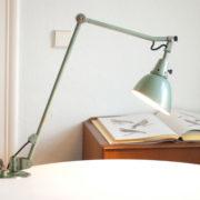 lampen-163-alte-gelenklampe-midgard-hammerschlag-gruen-originalzustand-001_dev