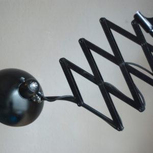 lampen-174-grosse-scherenlampe-kaiser-idell-6614-mit-breitem-schirm-005_dev