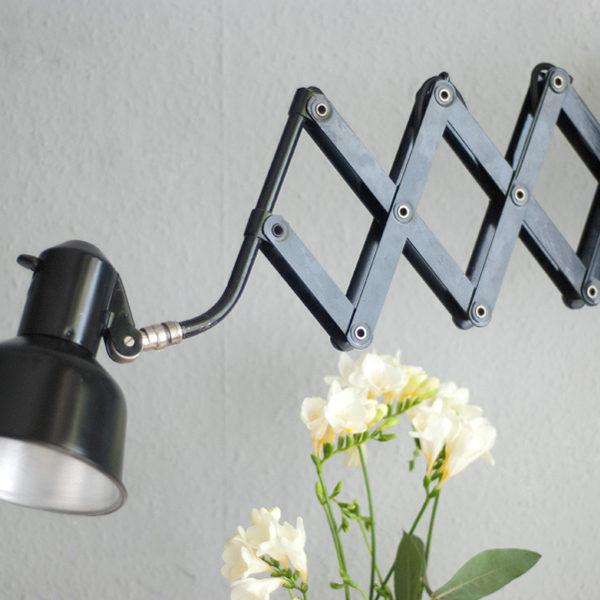 lampen-181-schwarze-scherenlampe-sis--22_dev