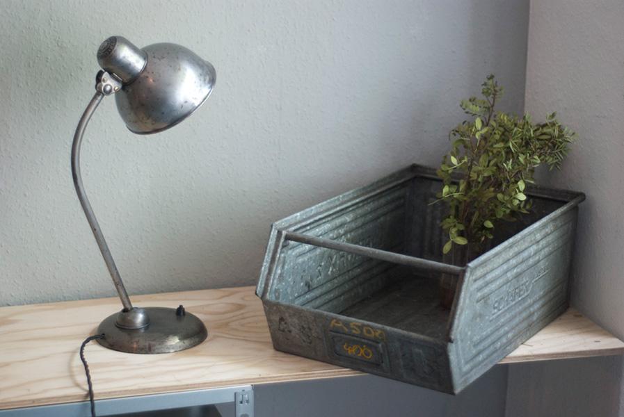 lampen 182 tischleuchte kaiser idell mondlampe 01 dev fiat lux. Black Bedroom Furniture Sets. Home Design Ideas
