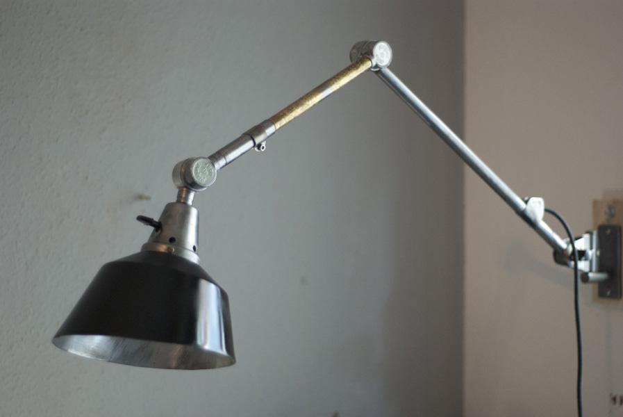 Lampen 188 Gelenklampe Midgard Ddrp Stahloptik Mit Schwarzem Schirm 02_dev