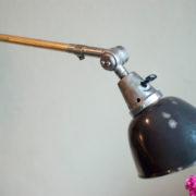 lampen-190-sehr-grosse-tischlampe-midgard-stahloptik-mit-emailleschirm-05_dev