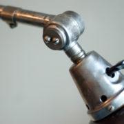 lampen-190-sehr-grosse-tischlampe-midgard-stahloptik-mit-emailleschirm-06_dev