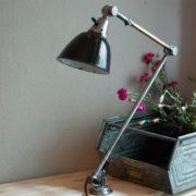 lampen-190-sehr-grosse-tischlampe-midgard-stahloptik-mit-emailleschirm-18_dev