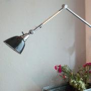 lampen-190-sehr-grosse-tischlampe-midgard-stahloptik-mit-emailleschirm-19_dev