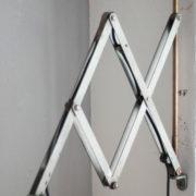 lampen-192-alte-grosse-scherenlampe-midgard-drgm-originalhalt-hammerschlag-04_dev