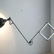lampen-192-alte-grosse-scherenlampe-midgard-drgm-originalhalt-hammerschlag-08_dev