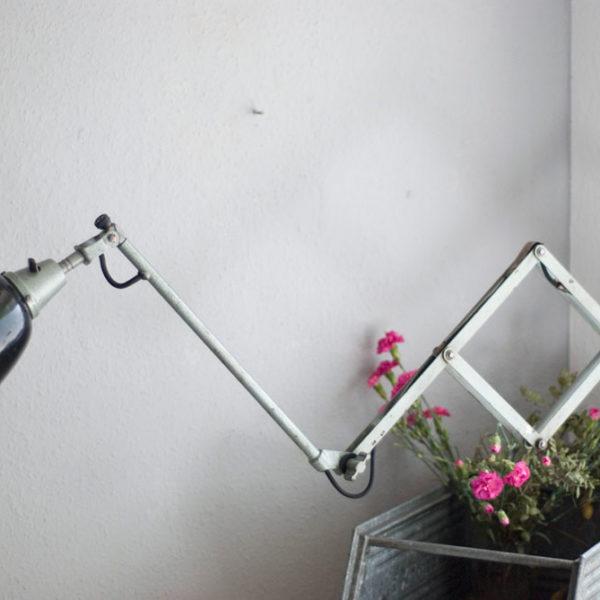 lampen-192-alte-grosse-scherenlampe-midgard-drgm-originalhalt-hammerschlag-25_dev_dev