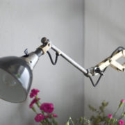 lampen-193-kurze-scherenleuchte-midgard-drgm-stahloptik-emailleschirm-09_dev