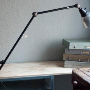 lampen-206-grosse-schwarze-tischlampe-midgard-ddrp-16_dev