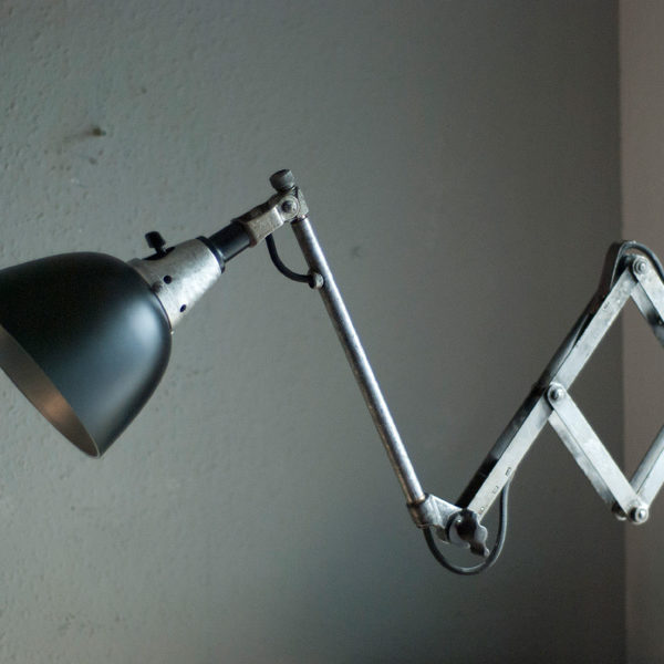 lampen-209-alte-scherenlampe-midgard-drgm-drp-bakelitschirm-08_dev