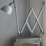 lampen-213-sehr-seltene-riesengrosse-graueblaue-scherenlampe-midgard-ddrp-05_dev