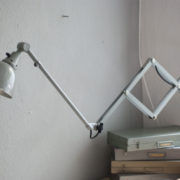 lampen-213-sehr-seltene-riesengrosse-graueblaue-scherenlampe-midgard-ddrp-06_dev