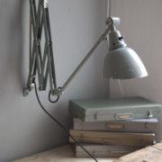 lampen-213-sehr-seltene-riesengrosse-graueblaue-scherenlampe-midgard-ddrp-19_dev