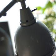 lampen-214-graublaue-scherenlampe-midgard-ddrp-mit-seltenem-schirm-mit-glassscheibe-04