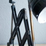 lampen-220-blaugraue-scherenlampe-midgard-ddrp-patina-24_dev