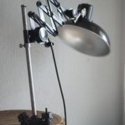 lampen-235-seltene-klemmleuchte-helion-arnstadt-mit-ständer-scissor-clamping-lamp-02_dev