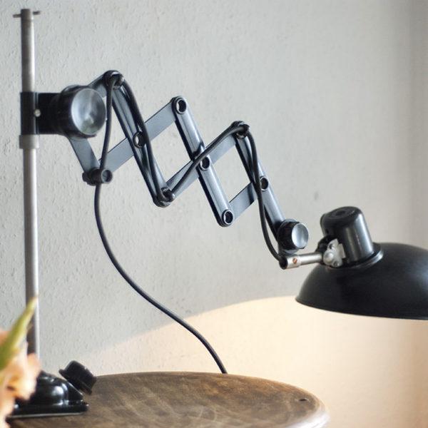 lampen-235-seltene-klemmleuchte-helion-arnstadt-mit-ständer-scissor-clamping-lamp-08_dev