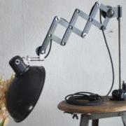 lampen-235-seltene-klemmleuchte-helion-arnstadt-mit-ständer-scissor-clamping-lamp-13_dev