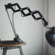 lampen-235-seltene-klemmleuchte-helion-arnstadt-mit-ständer-scissor-clamping-lamp-16_dev