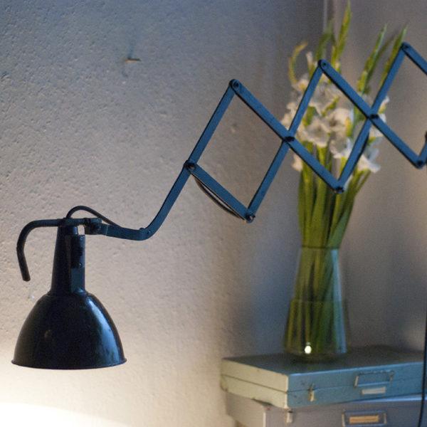 lampen-241-scherenleuchte-wagenfeld-mit-patina-10_dev