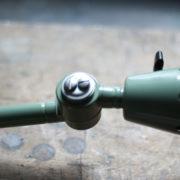 lampen-250-gruene-gelenklampe-midgard-originalzustand-emaillierter-schirm-20_dev