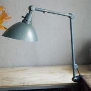 lampen-262-gelenklampe-midgard-hammerschlag-curt-fischer-hammertone-clamp-lamp_01_dev