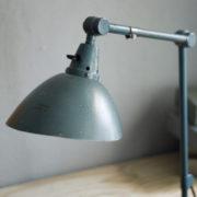 lampen-262-gelenklampe-midgard-hammerschlag-curt-fischer-hammertone-clamp-lamp_02_dev