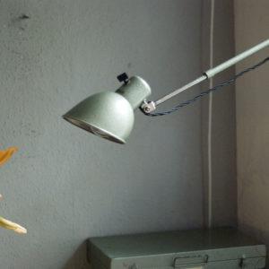 lampen-264-leselampe-hala-nesler-hammerschlag-gruen-green-hammertone-reading-lamp_26_dev
