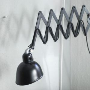 lampen-266-schwarze-grosse-scherenlampe-siemens-black-scissor-lamp_01_dev
