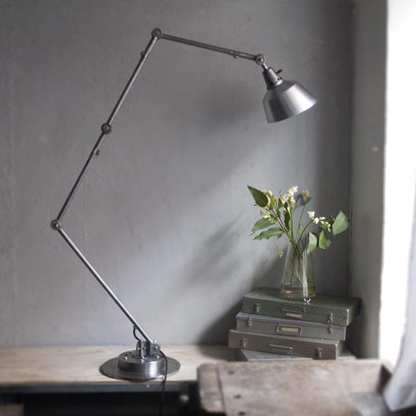 lampen-283-stehlampe-sondermodell-4-midgard-floor-lamp_dev