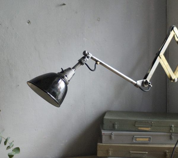 lampen-284-goldene-einzigartige-scherenlampe-midgard-110-unique-scissor-lamp-14_dev