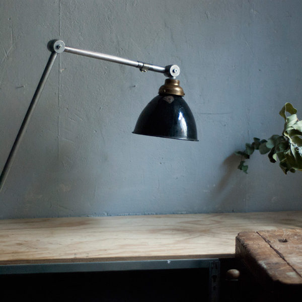 lampen-292-grosse-gelenklampe-klemmleuchte-midgard-unikat-hinged-clamp-table-lamp-06_dev