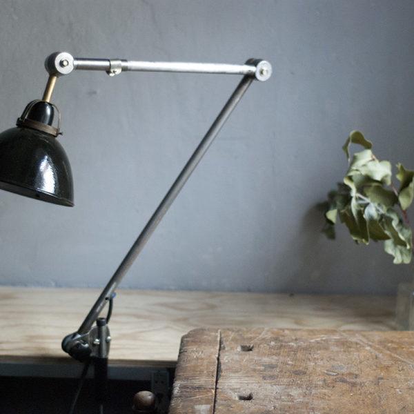 lampen-294-grosse-gelenklampe-klemmleuchte-midgard-unikat-hinged-clamp-table-lamp-11_dev