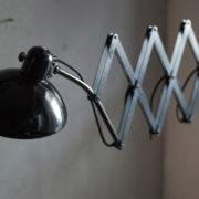 lampen-299-grosse-scherenlampe-kaiser-idell-6614-super-scissor-lamp-02_dev