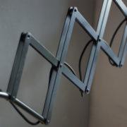 lampen-299-grosse-scherenlampe-kaiser-idell-6614-super-scissor-lamp-05_dev