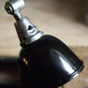 lampen-300-gelenklampe-midgard-stahloptik-auf-marmoplatte-desk-table-lamp-21_dev
